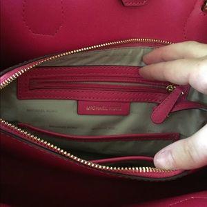 Michael Kors Bags - Michael Kors Pink Large Mercer Handbag 47d34a854a